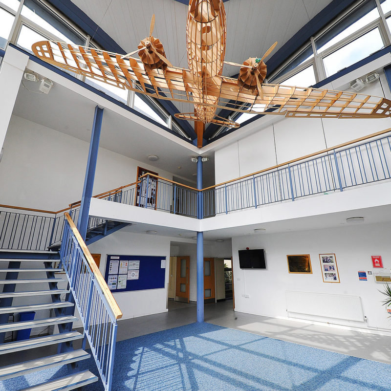 Dauntsey S School